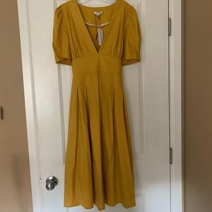 Moon River mustard color , Mid-length flowy dress
